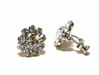 FH2 AY0052 Crystal Flower Clip On Earring