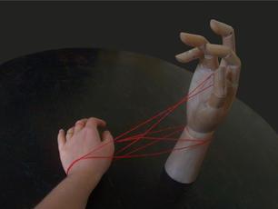 kezes1.jpg