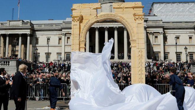 """""""Triumphal Arch"""" of Palmyra replica"""