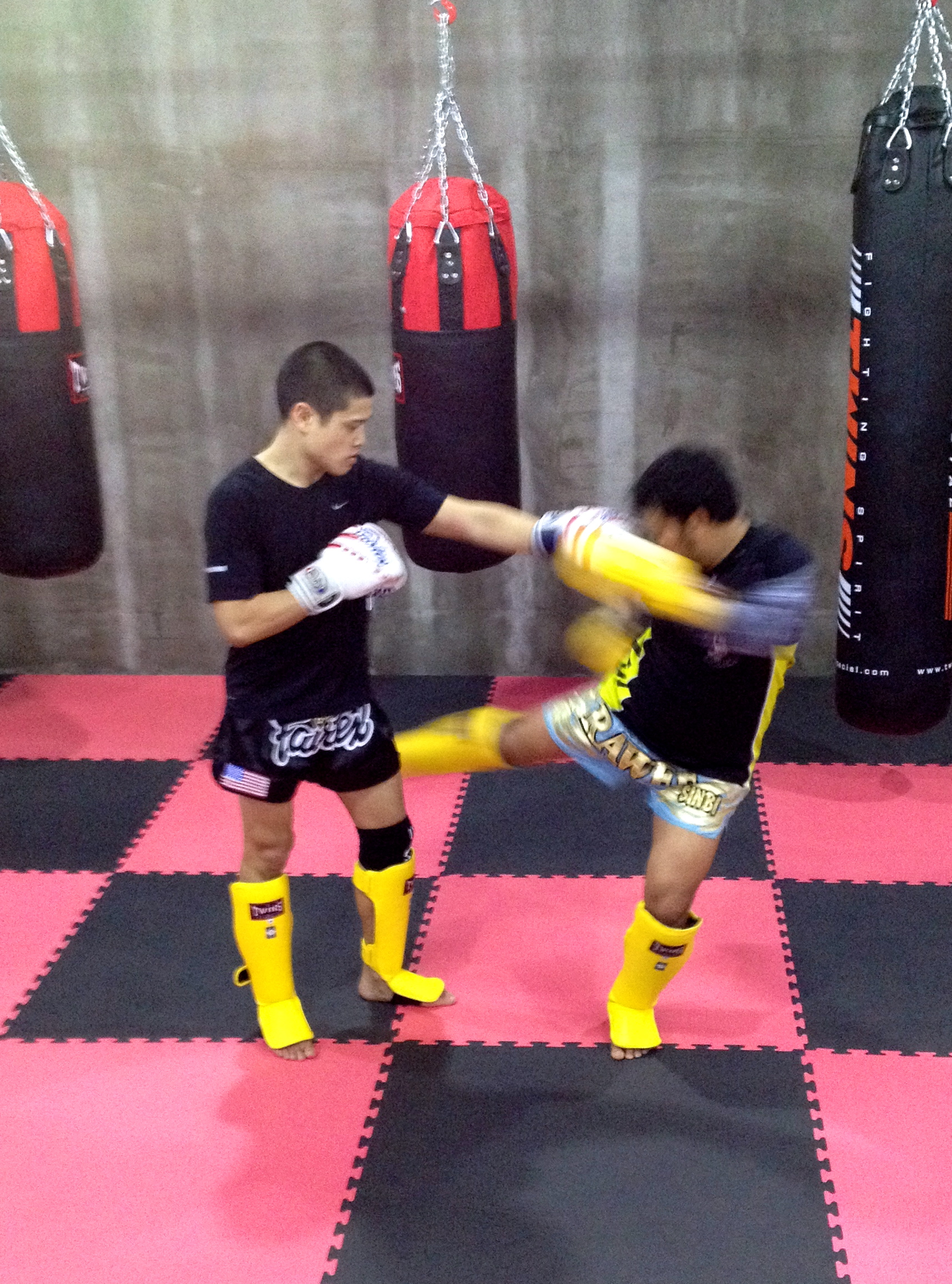 Rawee Muay Thai Shanghai Training 4