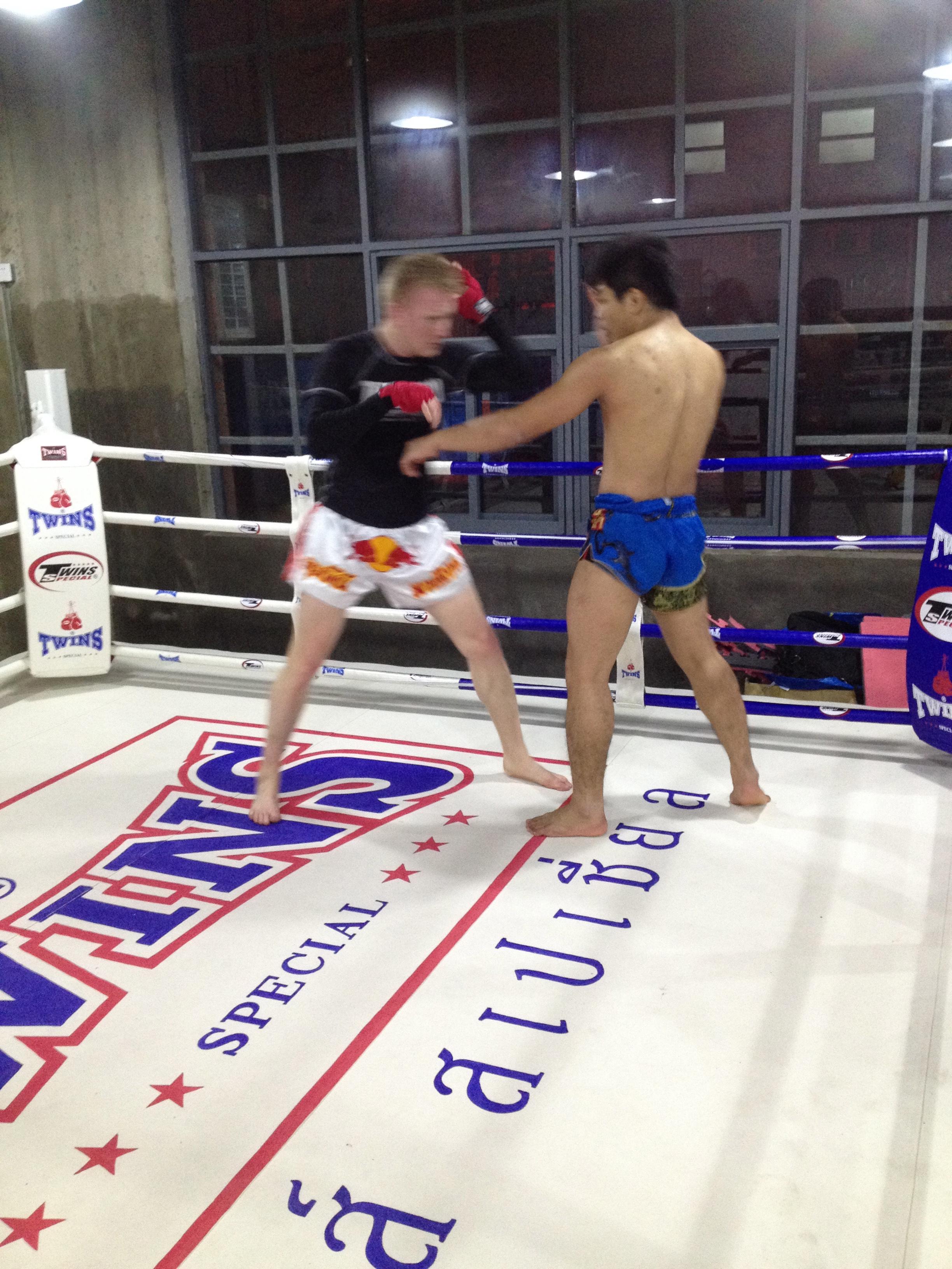 Rawee Muay Thai Shanghai Training 9