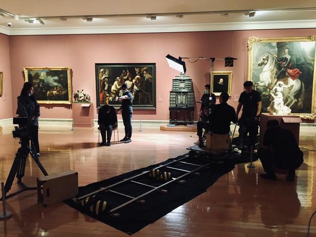 博物館拍攝側拍.jpg