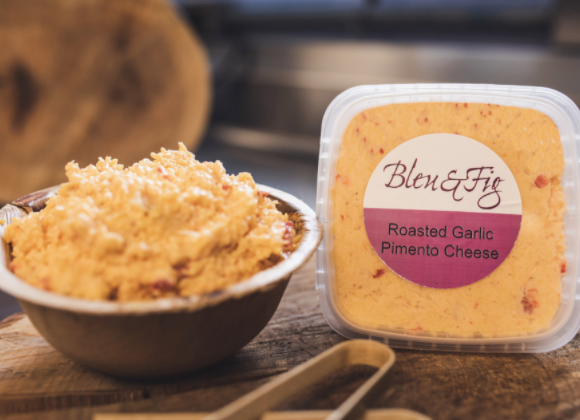 Signature Roasted Garlic Pimento Cheese (1 lb)