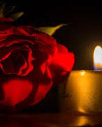 red rose canlde.jpeg