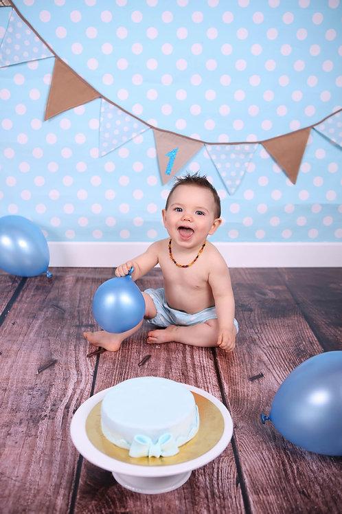 Séance Smash The Cake pour le 1er Anniversaire de Bébé