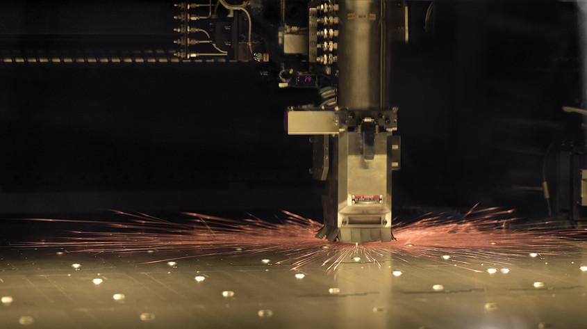 •Amada LC2515 C1 AJ Combination Fiber Laser/Turret