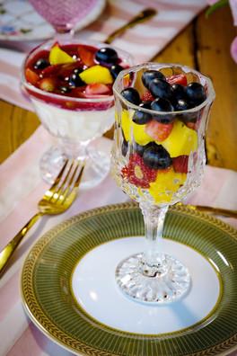 Salada de Frutas e Iogurte Artesanal