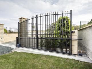 QUIMPER Aluminium Traditional Gate