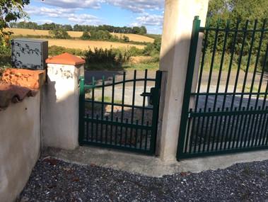 Plomelin Tradional Pedestrian Gate