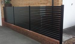 Aluminium fence privacy screen