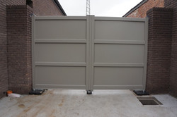 Leun Aluminium Gate