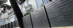 RAZ Horizontal Board Fence