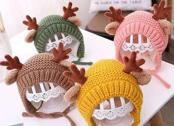 Deer knitted hat