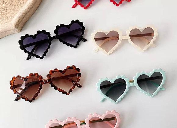 Scallop heart shades