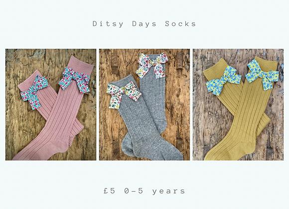 Ditsy days socks
