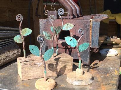 Shipwreck metal & driftwood