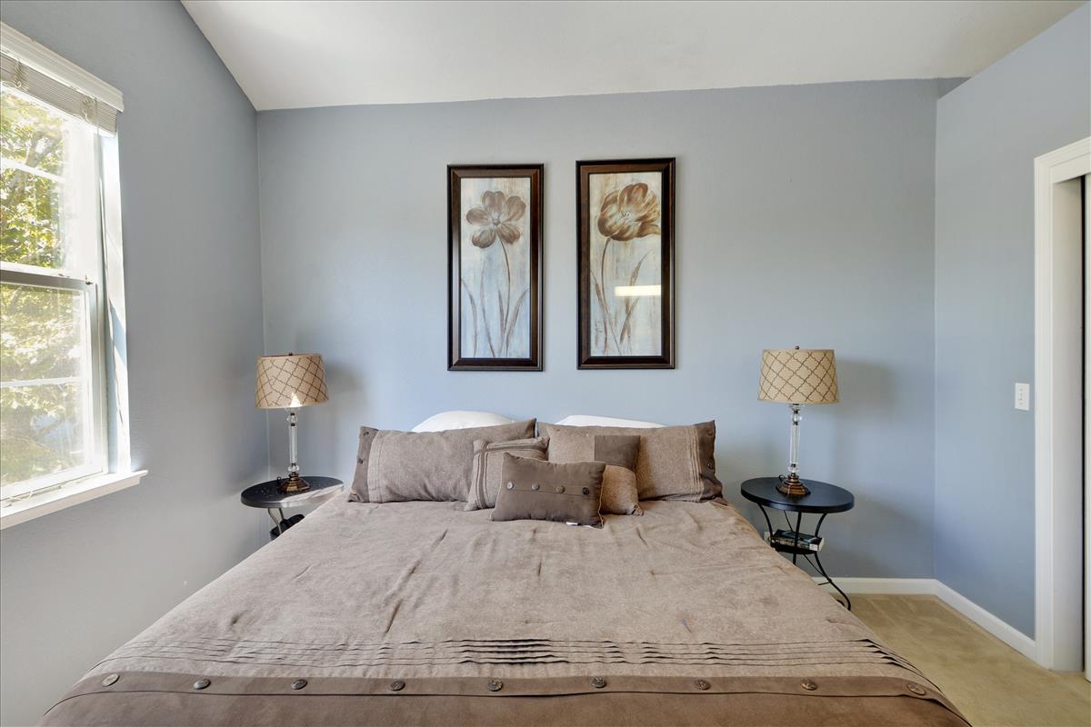 Upper Level-Master Bedroom-DSC0558