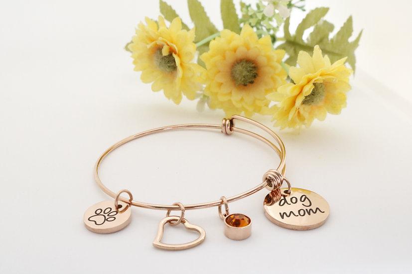 Postman's Trinkets Dog Mom bracelet rose gold
