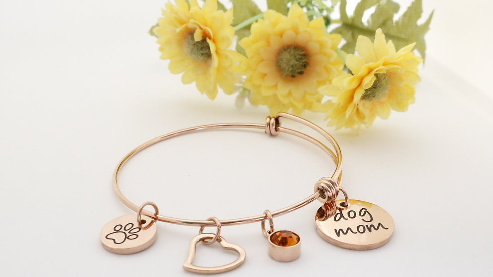 Dog Mom bracelet in Rose Gold