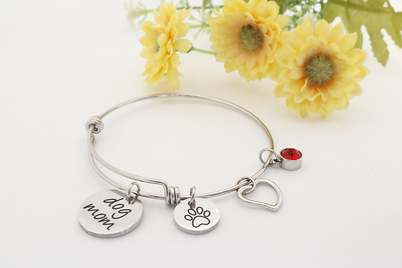 Postman's Trinkets dog mom bracelet silver