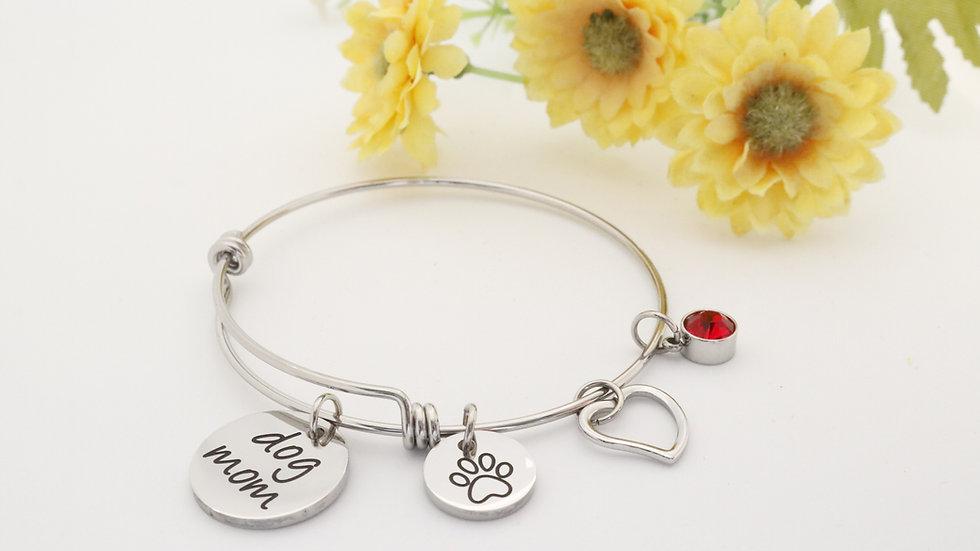 Dog Mom bracelet in Silver
