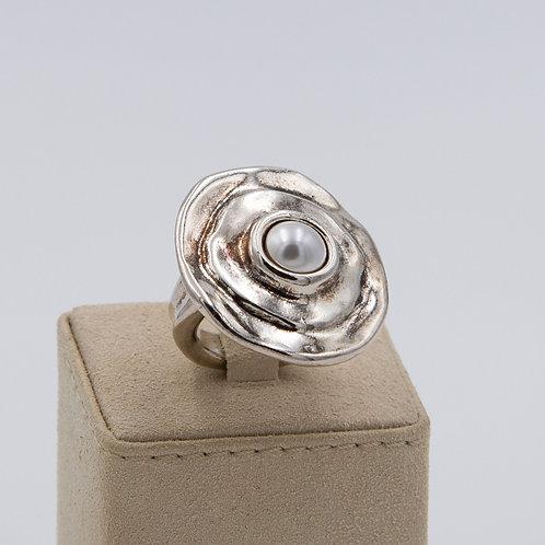 Anello cerchio con pietra dura