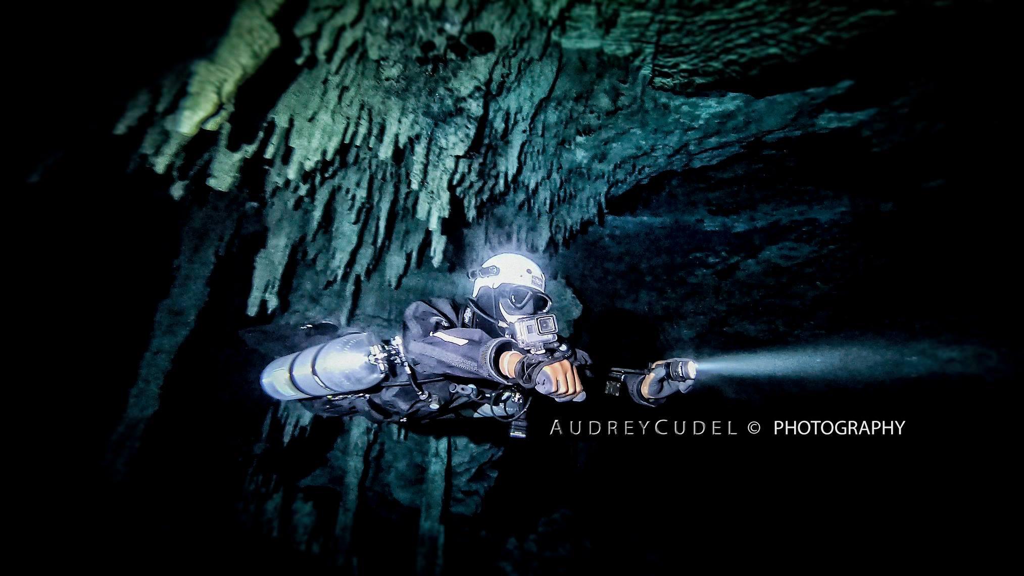 Sidemount Technical Cave Diver