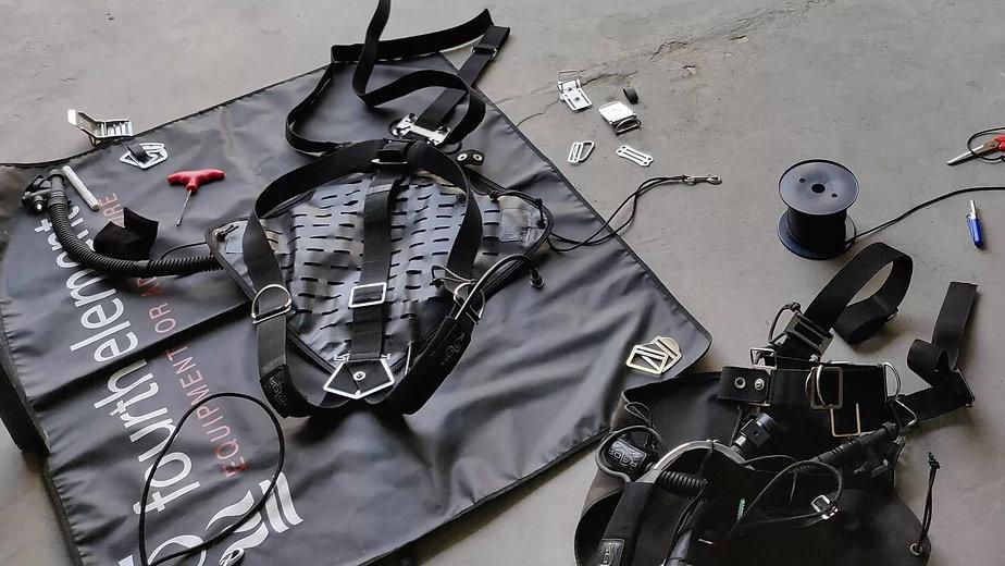 Sidemount Harness setup workshop