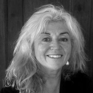 Nikki O'Donnell Dip Arch BScArch FRIA Director / Senior Architect