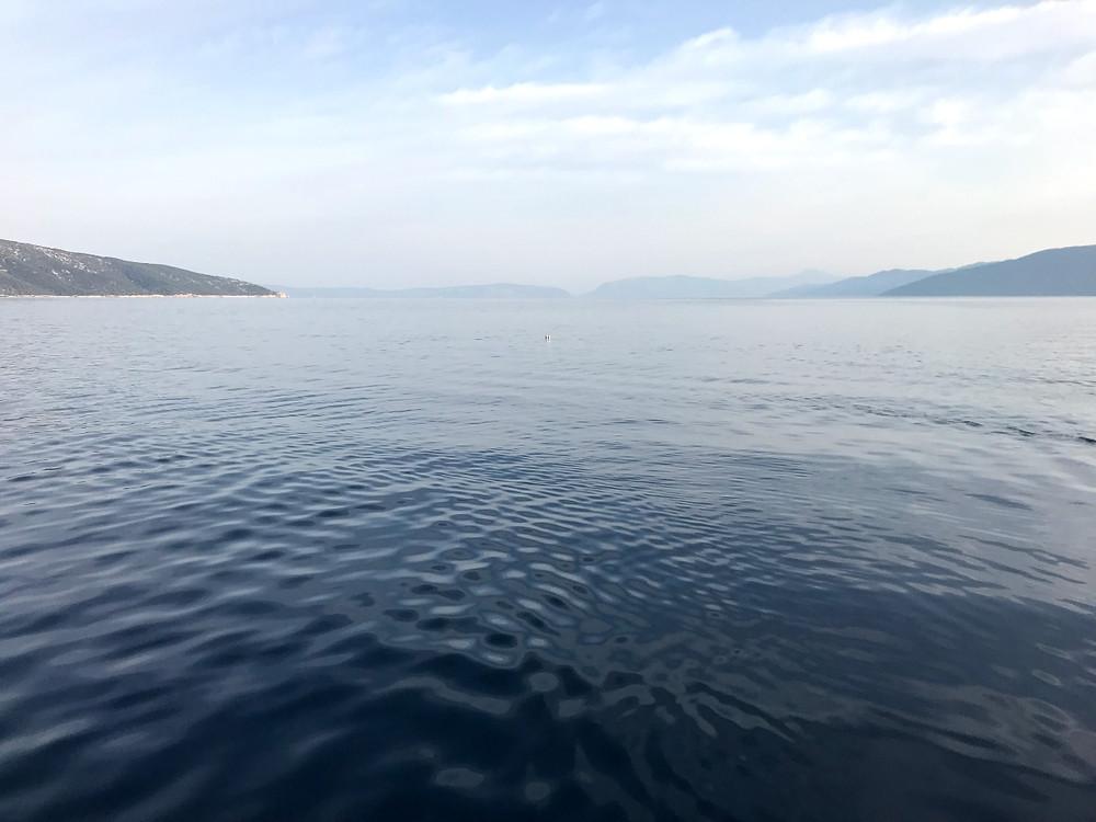 Creski zaljev rano ujutro