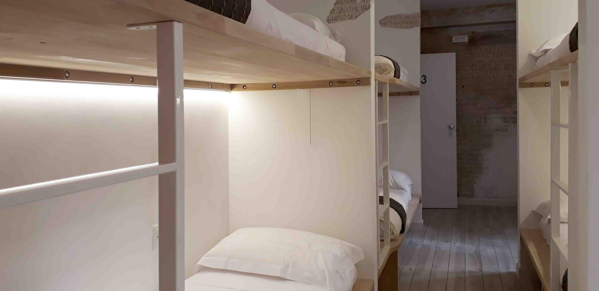 Room 2 Moma Hostel