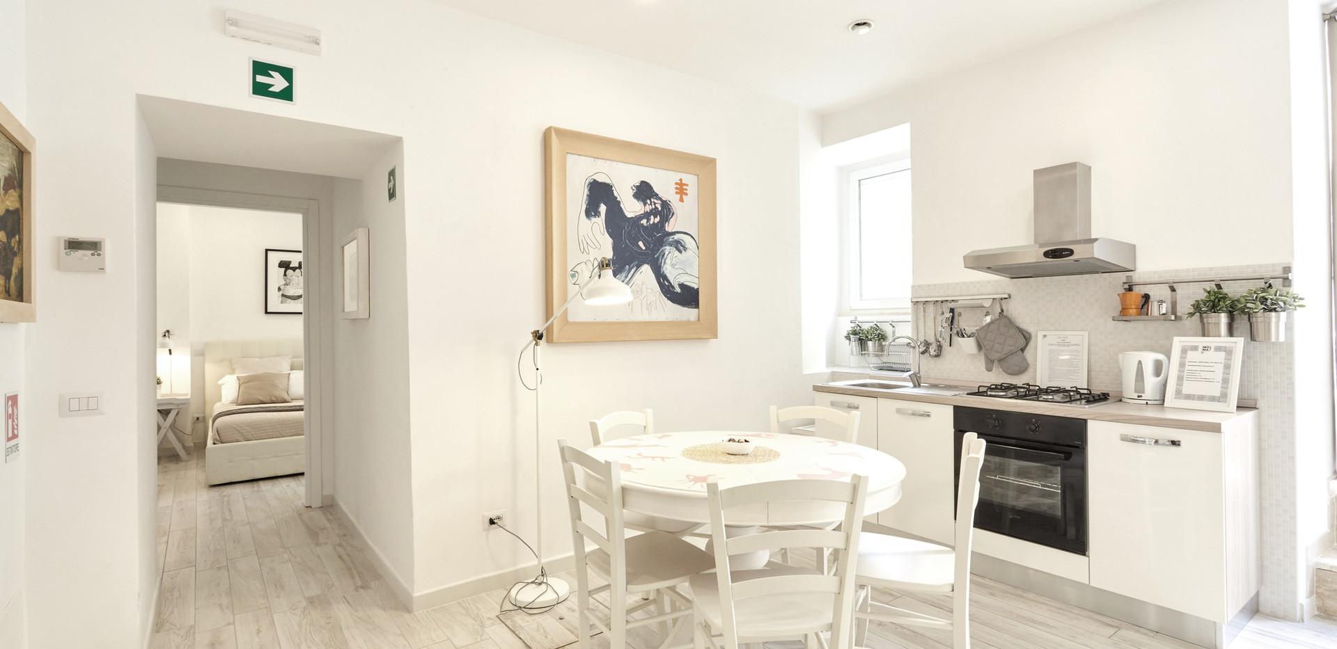 MomaRoom Guest House