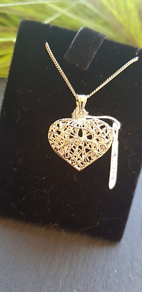 """Hollow weave heart pendant and necklace on an 18"""" chain"""