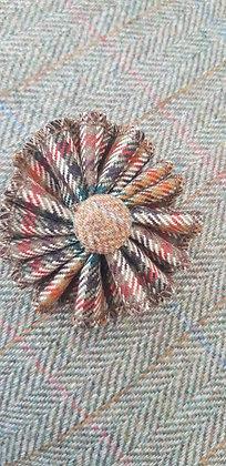 Handmade rosette flower tweed brooch. Made from 100%wool