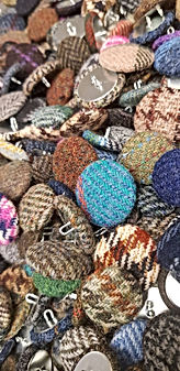 Handmade tweed and wool buttons in 3 sizes