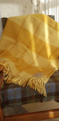 Lemon and yellow 100% pure newwool blanket. Substantial and a good weight