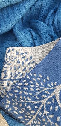 A supersoft cobalt blue and cream tree design scarf.