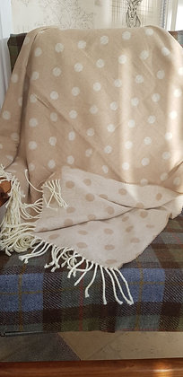 Cream and biscuit spot reversiblecotton blend supersoft blanke