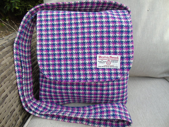 Handmade messenger bag made from pink and navy blue dogtoothHarris Tweed
