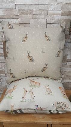 Hartley Hare natural with mini polka dot cushion