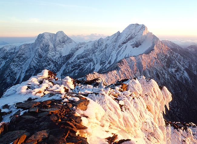 玉山雪景.jpg
