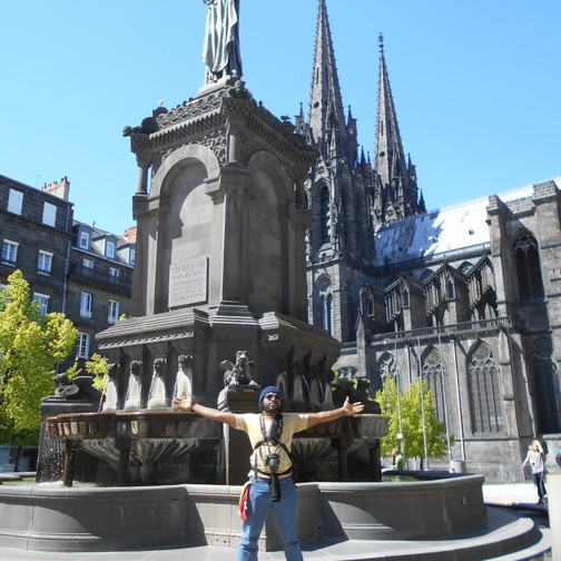 20 the black cathedral - clermont ferrand