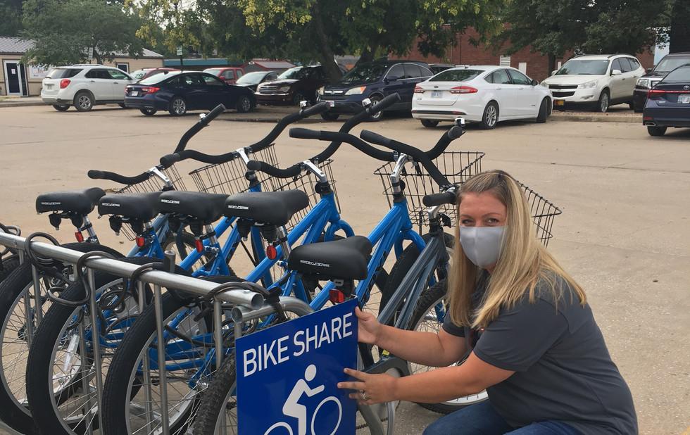 Bike share sign
