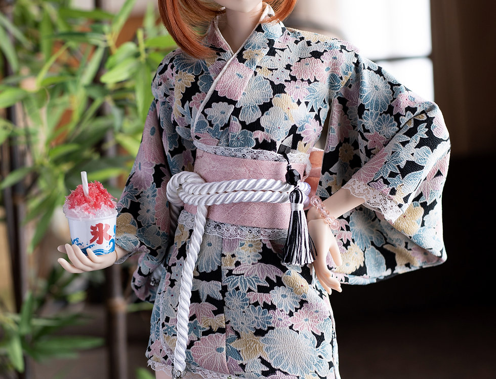 "KIMONO series ""Rin"" (with phosphorus) with shaved ice"