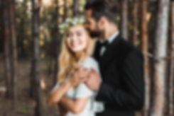 Red Oak Valley - Happy bride and groom -