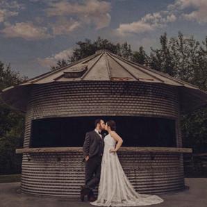 Wedding Couple Kissing - Brookdale Farms