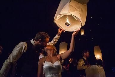 Nightime wedding at Brookdale Farms - Eu