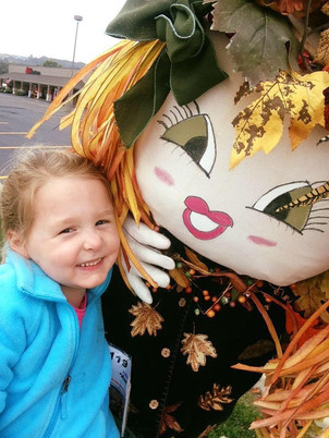 Selfies with Scarecrows _ The Great Scarecrow Hunt _ Eureka, MO.jpg
