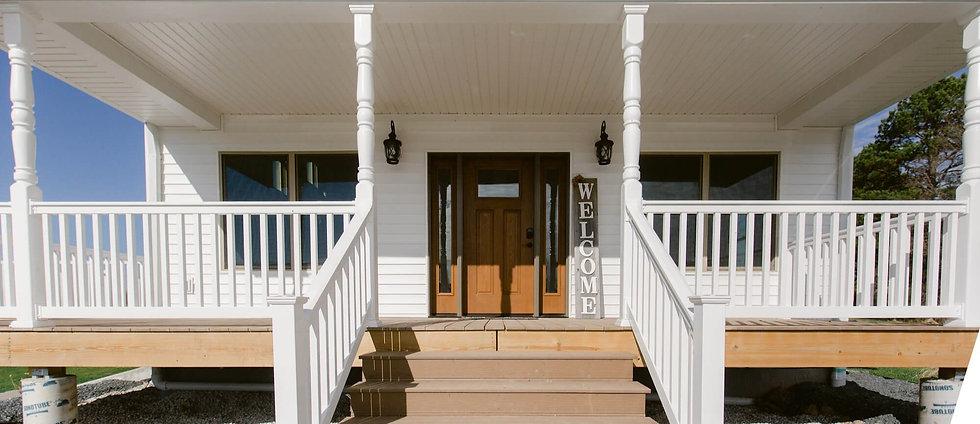 The Farmhouse Entrance - Red Oak Valley