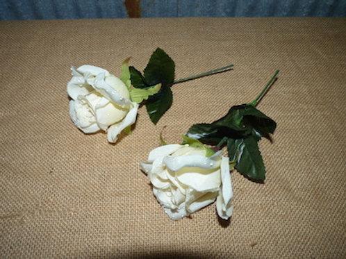 White Roses QTY 92